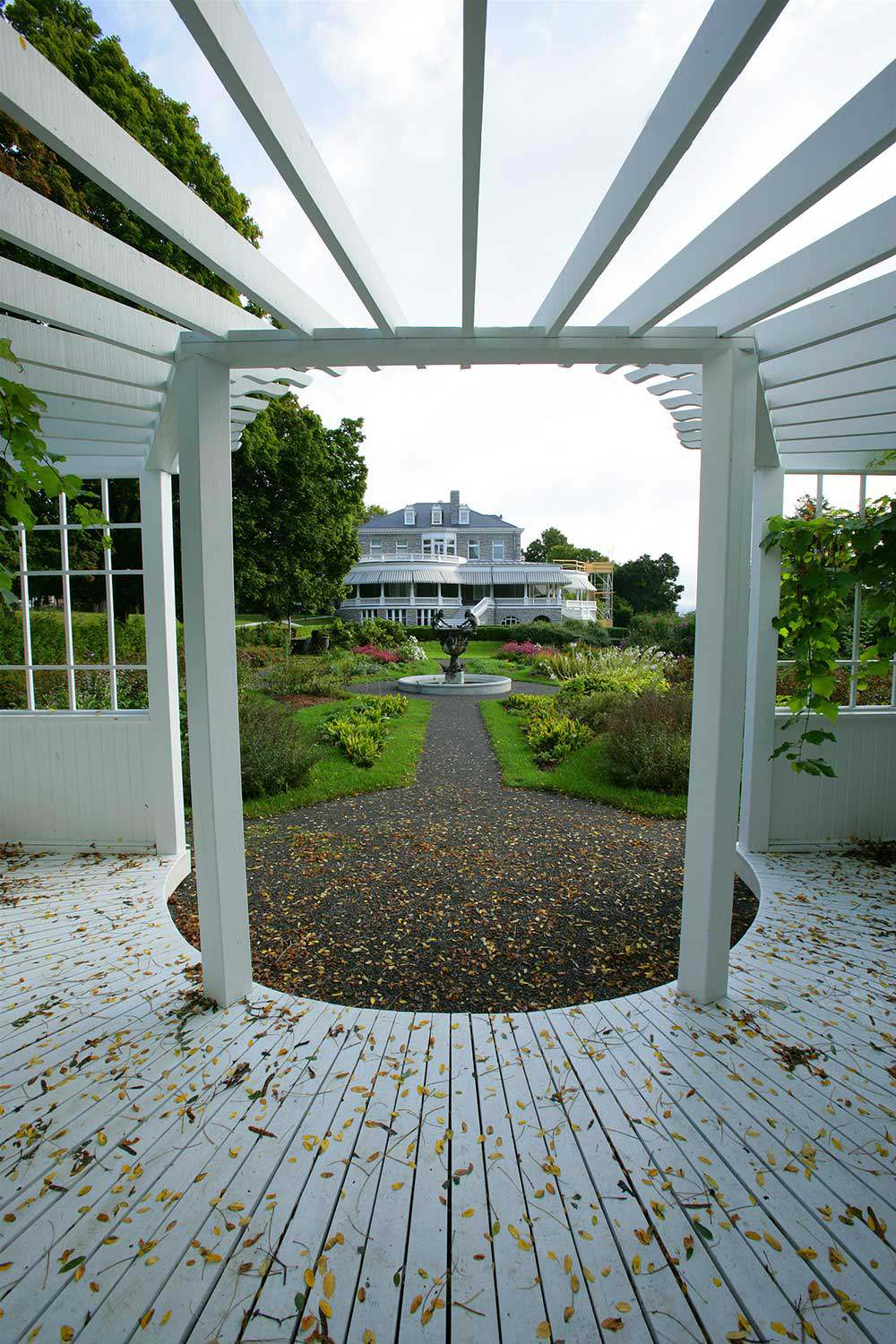La Place Fulford vue des jardins Olmsted. Photo : George Fischer