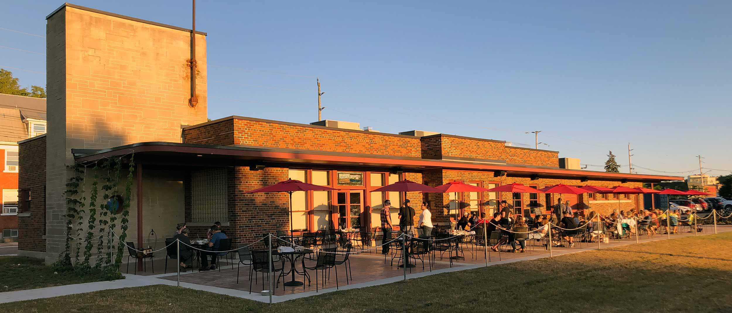 Brasserie-restaurant Mudtown Station (Owen Sound)